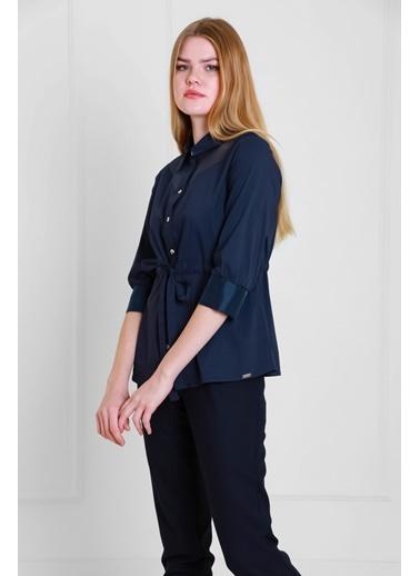 JEANNE D'ARC Belden Büzgülü Organze Detaylı Pamuk Bluz Jb18111 Lacivert